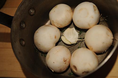 Button Mushroom Salad