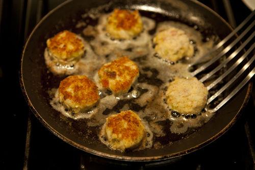 Brigit Binns' Crab Cakes